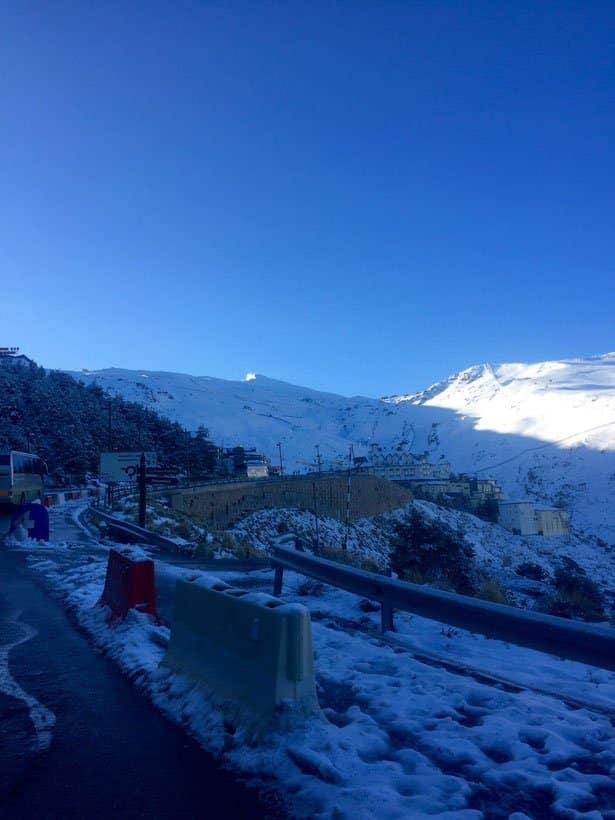 Esqui-de-Primavera--Enciclopedia-de-Nieves-1