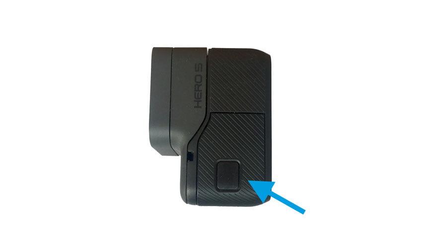 Dónde esta el Conector USB en GoPro Hero 5 Black